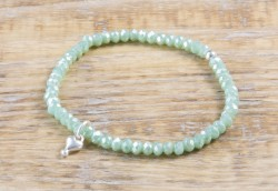 Pure Sparkle Pale Green mit Silber Charm Armband