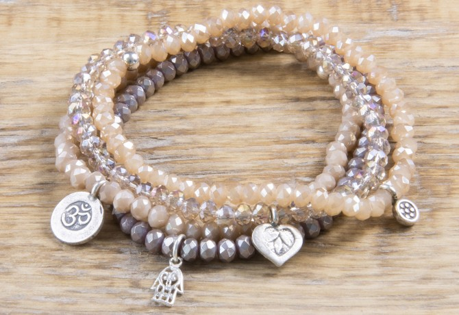 Pure Sparkle Champagne mit Silber Charm Armband
